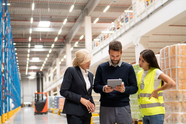 Making the Business Case for Outsourcing your Logistics to a 3PL or Forwarder