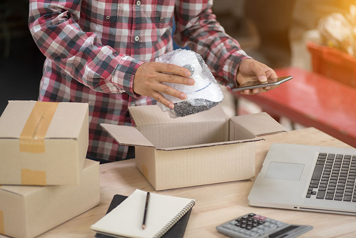 6 Easy Ways to Manage Small Package Shipping Costs
